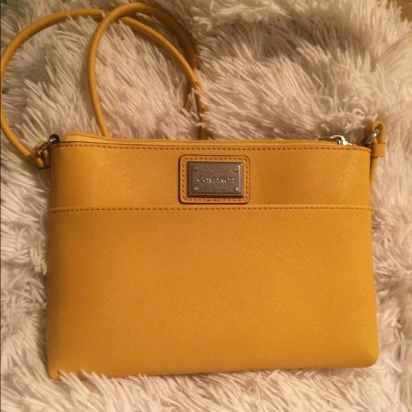 Calvin Klein Handbags - Calvin Klein purse